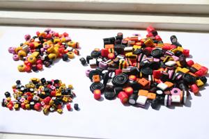Konfekt perler lavet af cernit