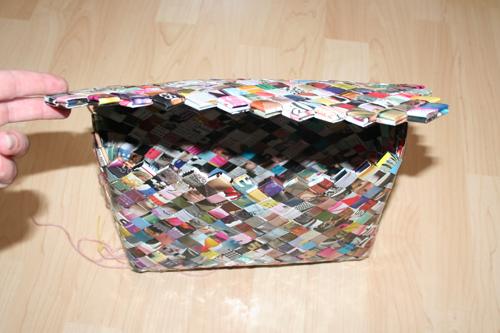 Flettet taske med flap-lukning
