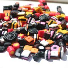 Håndlavede lakridskonfekt perler af cernit