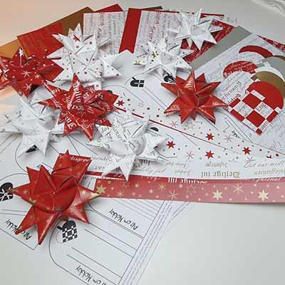 Pakke til juleklip - 10 stjerner, 20 flettede julehjerter og 24 skabeloner til hjerterne