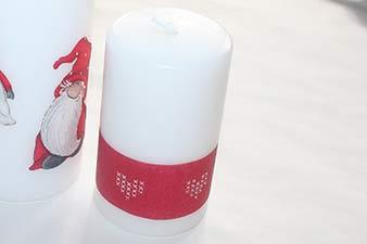 Servietter på stearinlys trin 2: Klip en bort ud af en servietServietter på stearinlys trin 8: Færdigt lys med serviet-bort