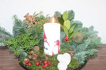 Juledekoration med servietmotiver på lyset