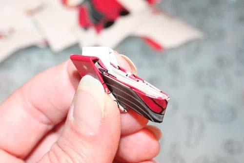 Flettede tasker - 2 stykker papir flettes sammen