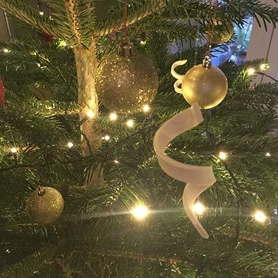 Pynt til juletræet - porcelæns-serpentiner